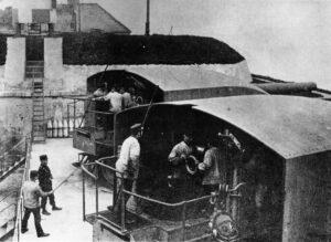 24 cm. cannons at the Trekroner Fort 1900, Copenhagen fortifications1900